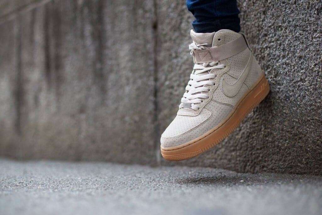 Кроссовки Nike Air Force 1 High Suede