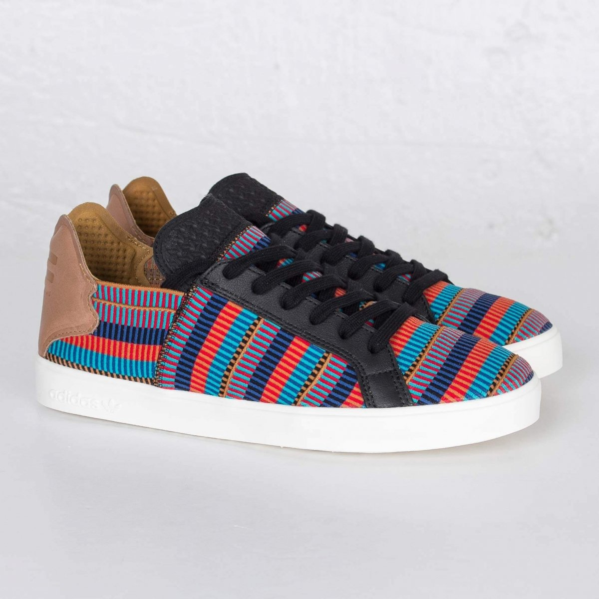 Кеды Adidas X Pharrell Willians Pink Beach