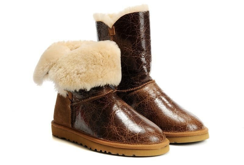 UGG Bailey Button Krinkle