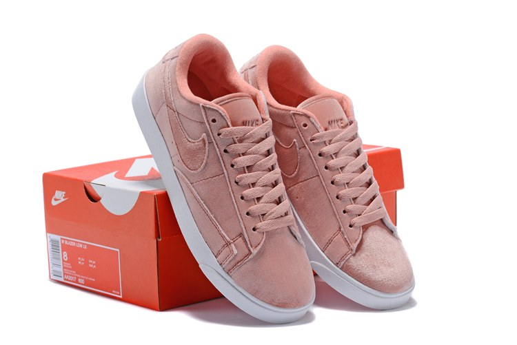 8c6cdfe7 ... Кроссовки Nike Blazer Low Surfaces