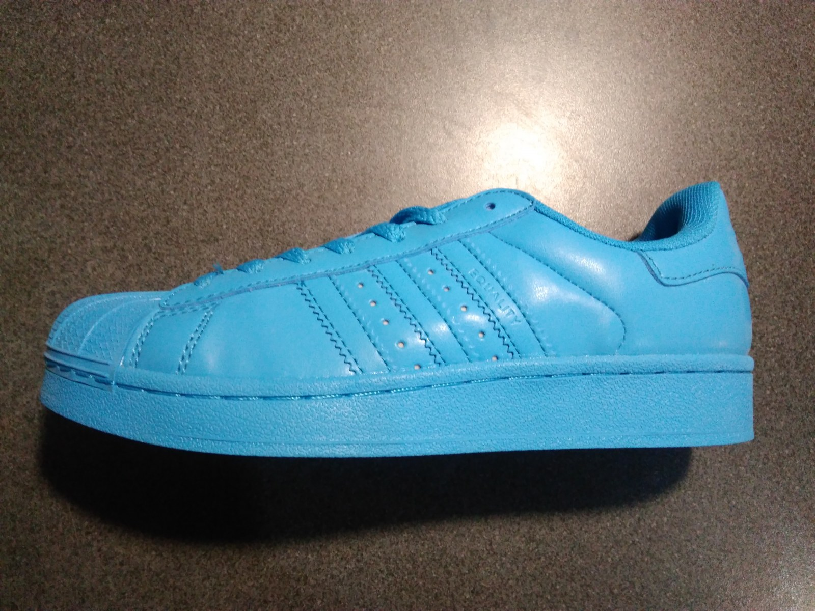 ... Кроссовки Adidas Superstar Supercolor