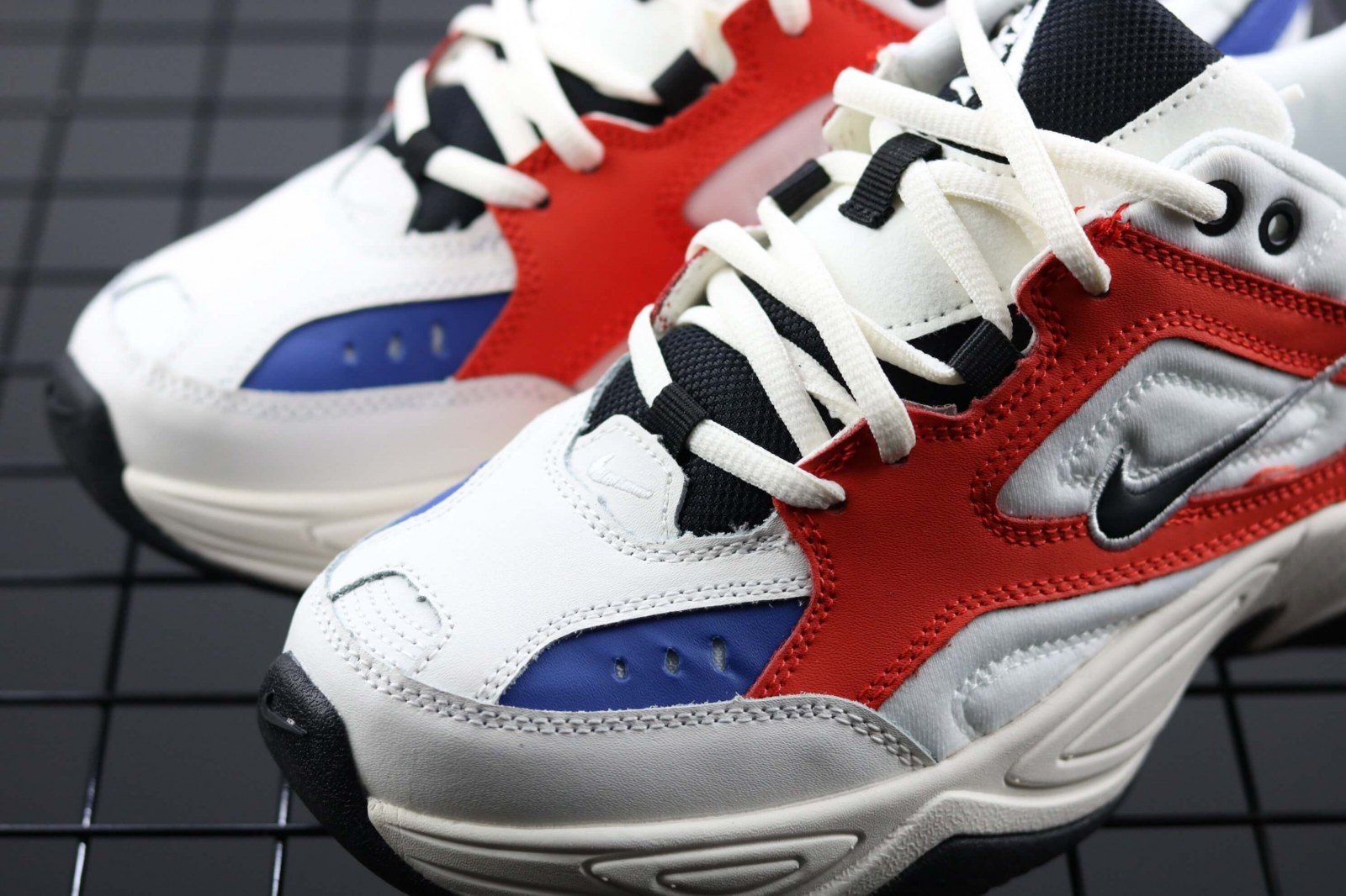 Кроссовки Nike Air Monarch the M2K Tekno