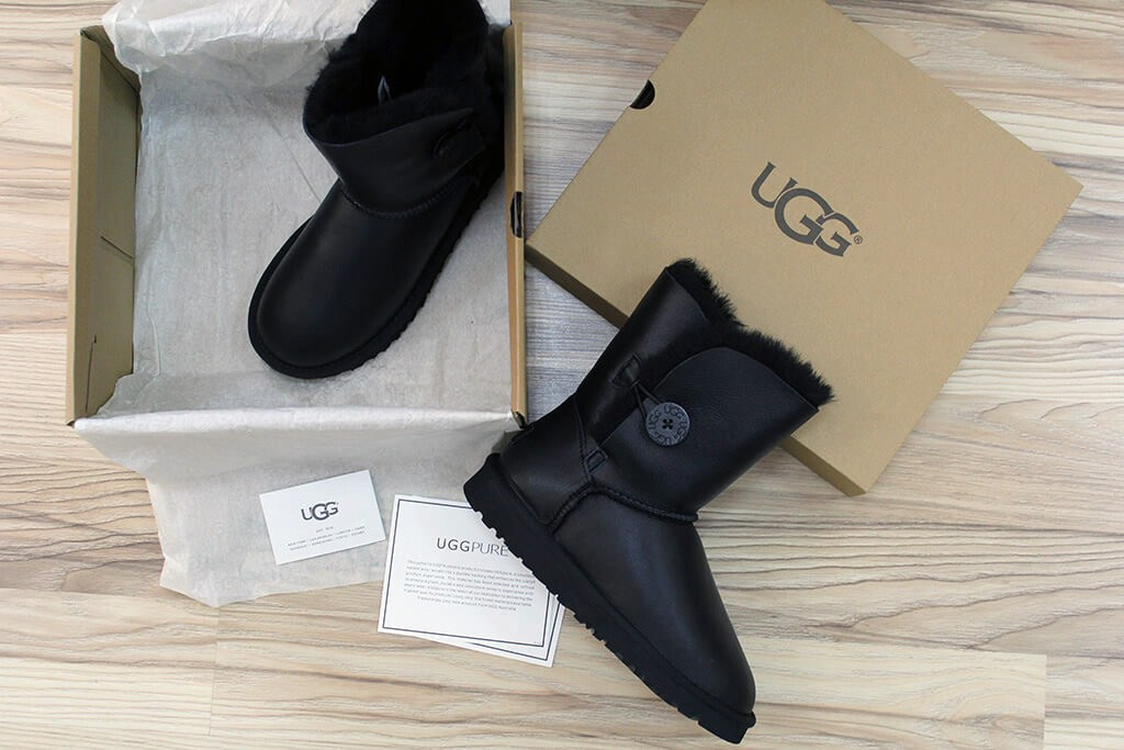купить UGG Bailey Button(черные)