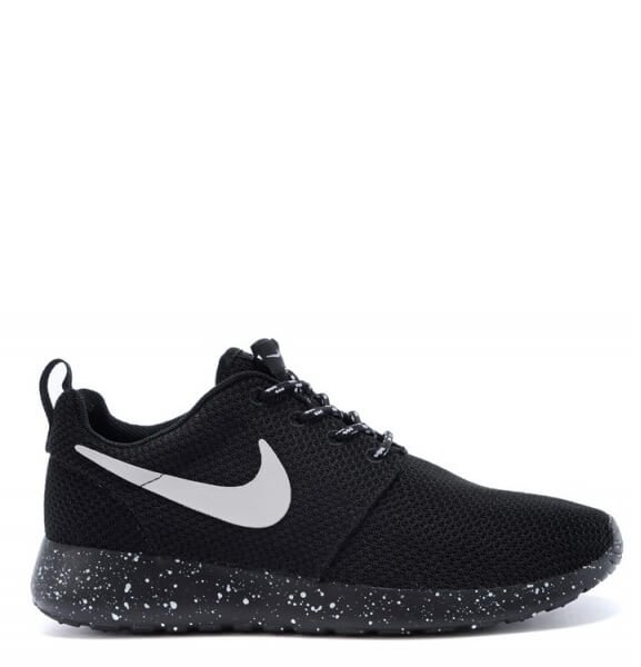 Nike Roshe Run Black White Dots