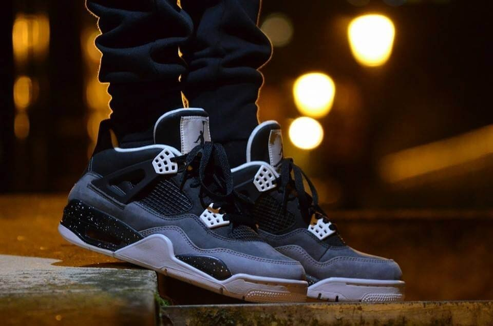 Nike Air Jordan Retro IV