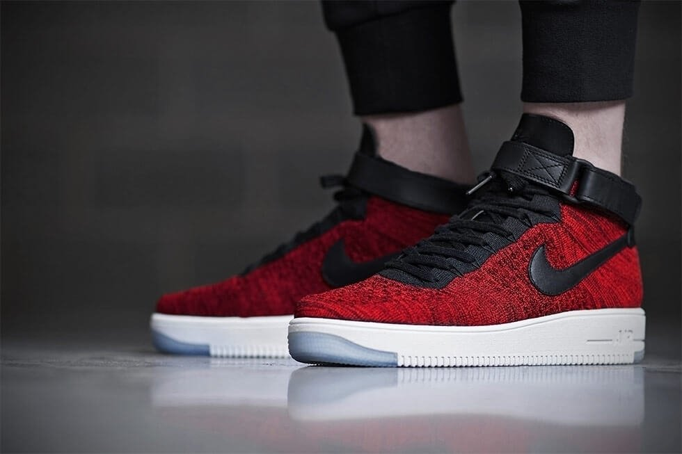 "58b8081d Кроссовки Nike Air Force 1 Ultra Flyknit Mid ""University Red"" купить ..."