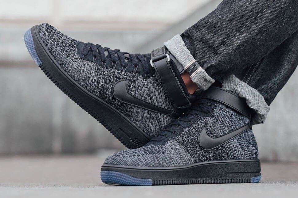 "Nike Air Force 1 Ultra Flyknit Mid ""Dark Grey/Black"""