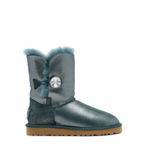 UGG Bailey Button I DO!