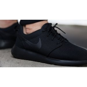 "Кроссовки Nike Roshe Run ""Triple Black"""